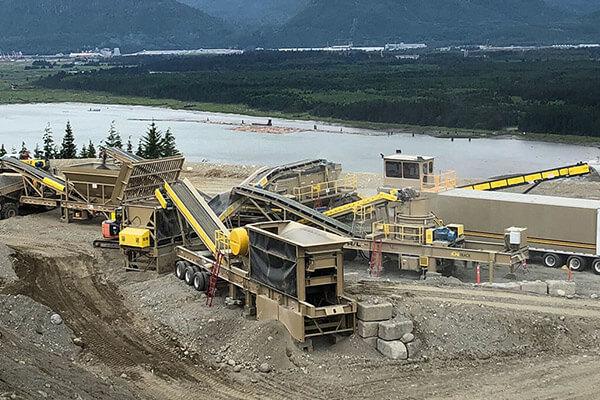 Vale gravel screen and gravel crusher for mining quarry